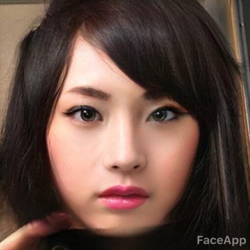 【超えた!】ぼく、画像加工アプリで戸田恵梨香似の美少女になる