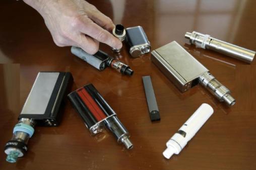 電子タバコで肺病死 やっぱ紙巻き煙草・手巻き・葉巻・パイプ・キセルが健康的だな