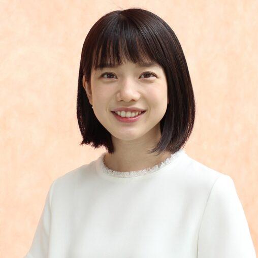 こんな小学生みたいな顔した女子アナが人気1位だぞ日本全国ロリコンかよ。テレ朝弘中綾香アナが初首位