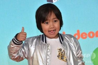 【ライアン・カジ】8歳の男の子、youtuberとして年収28億円稼ぐ (ヒカキン超え)