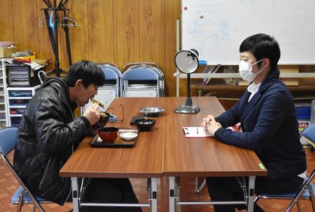 【カツ丼でも食べるか?】福島の温泉街で取り調べ体験 犯人を演じてカツ丼を食べる!猪苗代町