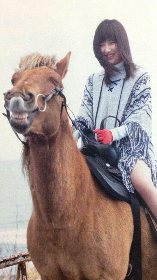 【ワイの顔にクリソツ】JCに騎乗された馬、とんでもない表情になる