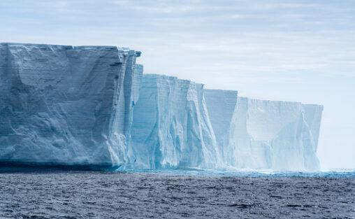 【美しい崩壊画像】氷山、ヤバすぎる
