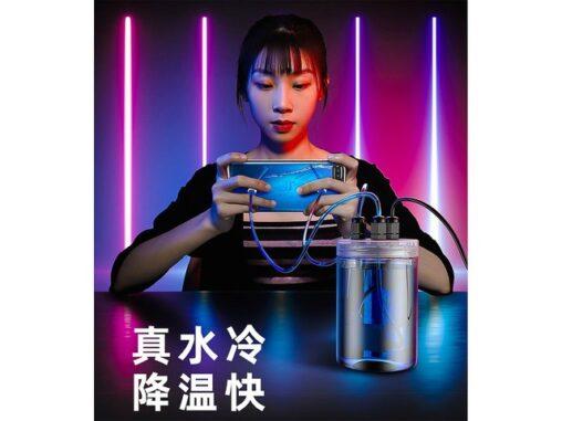 【システム】中国「スマホをファンで冷やすとか時代遅れ。水で冷やす時代」