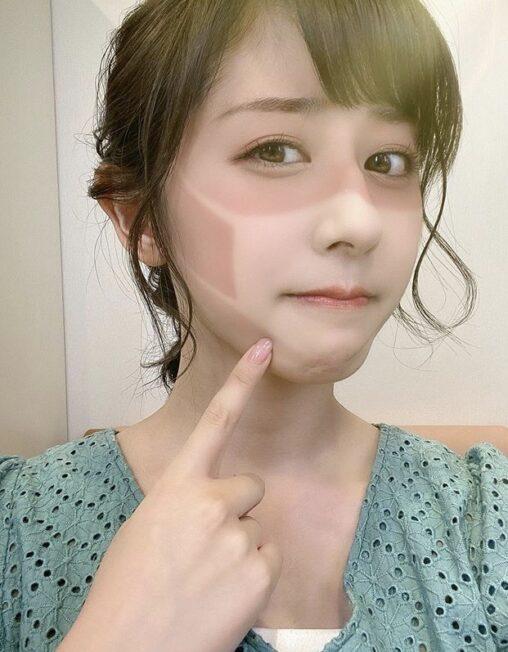 【マスク】斎藤ちはるアナ、とんどもない日焼けの仕方をする