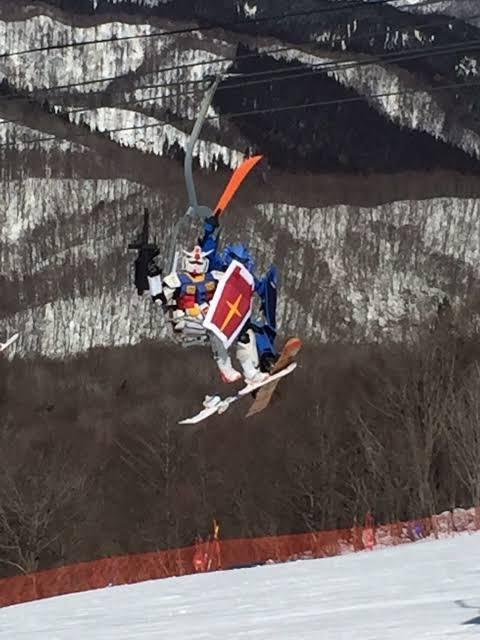 「かっこいい」「セッションしたい」スキー場に現れるガンダムMSコスプレ集団にその魅力を聞いてみた