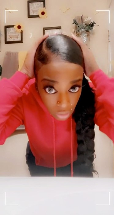 【ゴリラグルー】強力接着剤をヘアスプレー代わりに髪に使用した美少女の末路:動画像アリ