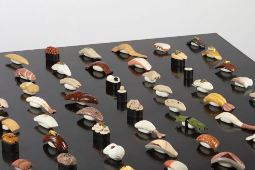 【天然!】美大女さん「大理石で寿司作ったから見て!」