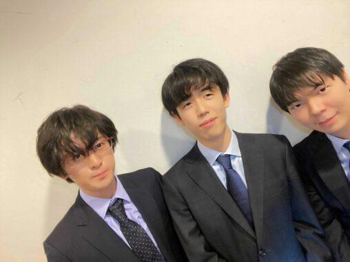 【画像】藤井聡太「人生初自撮りしてみました」パシャ