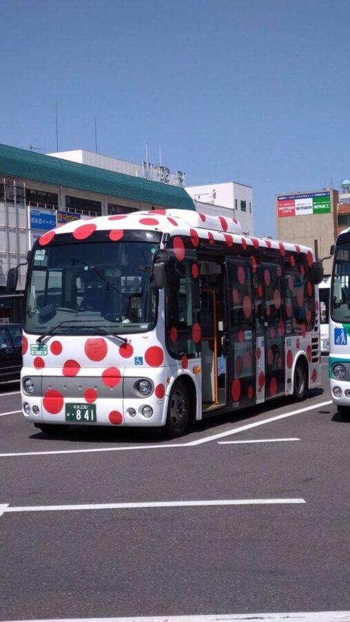 【悲報】長野県には「ヤバい病気のバス」が走っている